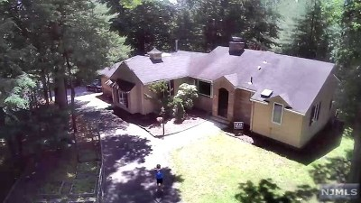 Woodcliff Lake Single Family Home Under Contract: 255 Glen Road