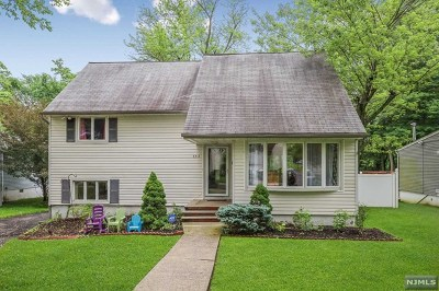 Teaneck Single Family Home Under Contract: 553 Sandra Place