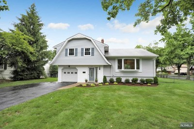 Paramus Single Family Home Under Contract: 269 McHenry Drive