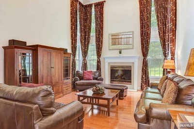 Wayne Single Family Home Under Contract: 9 Overhill Road