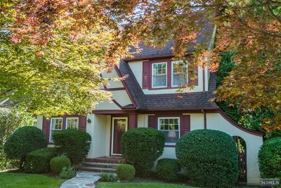 Essex County Single Family Home Under Contract: 389 Grove Street