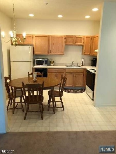 West Milford Condo/Townhouse Under Contract: 7309 Richmond Road