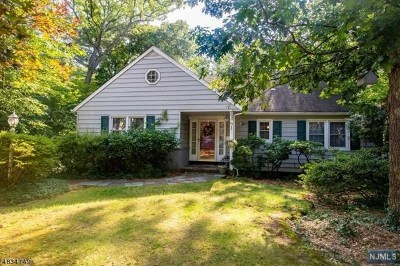 Passaic County Single Family Home Under Contract: 114 West Lake Drive