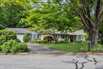 West Milford Single Family Home Under Contract: 2 Camden Place