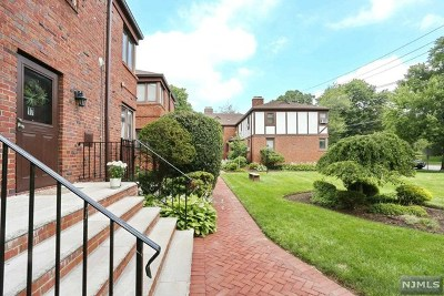 Englewood Condo/Townhouse Under Contract: 530 Broad Avenue #17