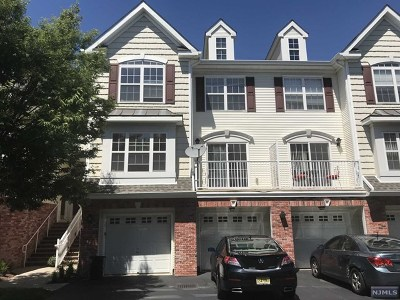 Hudson County Condo/Townhouse Under Contract: 29 Bayside Drive