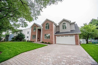 Paramus Single Family Home Under Contract: 48 Demarest Road