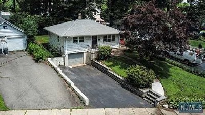 Morris County Single Family Home Under Contract: 228 Lake Shore Drive