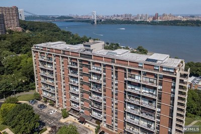 Fort Lee Condo/Townhouse Under Contract: 4 Horizon Road #418