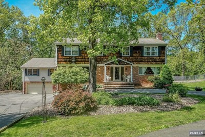 Franklin Lakes Single Family Home Under Contract: 245 Tortoise Lane