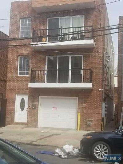 Essex County Multi Family 2-4 Under Contract: 244 East Kinney Street