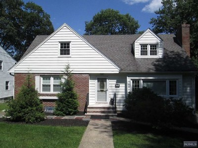 Passaic County Single Family Home Under Contract: 178 Macdonald Drive