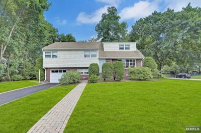 Paramus Single Family Home Under Contract: 710 Evans Street