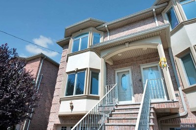 Cliffside Park Condo/Townhouse Under Contract: 717 Grove Avenue