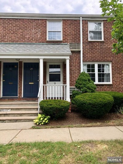 Rutherford Condo/Townhouse Under Contract: 18 Clark Court