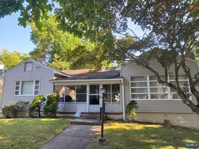 Wayne Single Family Home Under Contract: 112 Jackson Avenue