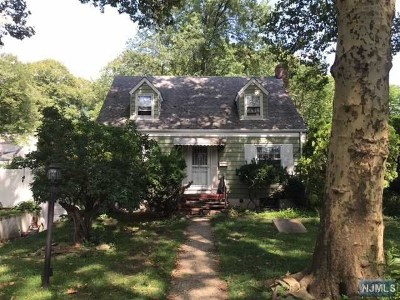 Bergen County Single Family Home Under Contract: 1823 Palisade Avenue