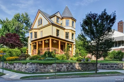 Hudson County Single Family Home Under Contract: 65 North Midland Avenue