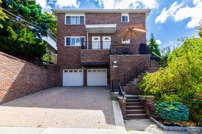 Fort Lee NJ Multi Family 2-4 Under Contract: $998,000