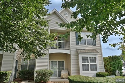 Morris County Condo/Townhouse Under Contract: 478 Cambridge Drive
