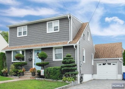 Saddle Brook NJ Single Family Home Under Contract: $449,900