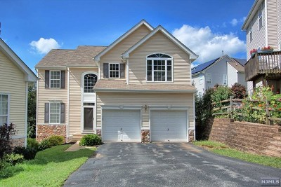 Morris County Single Family Home Under Contract: 330 Winding Hill Drive
