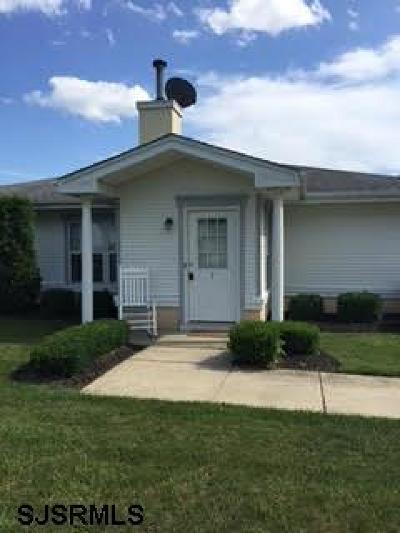 Vineland Condo/Townhouse For Sale: 2139 E Chestnut Ave #7