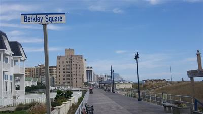 Atlantic City Condo/Townhouse For Sale: 100 S Berkley Square #7B
