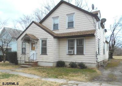 Newfield Single Family Home For Sale: 11 Pearl St
