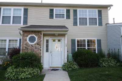 Egg Harbor Township, Northfield Condo/Townhouse Undercontract-Cont Toshow: 122 London #122