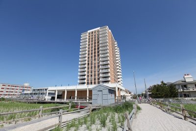 Ventnor Condo/Townhouse For Sale: 5200 Boardwalk #20C