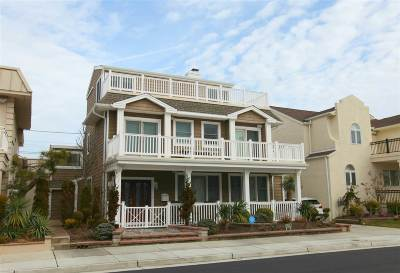 Margate Single Family Home For Sale: 105 S Mansfield