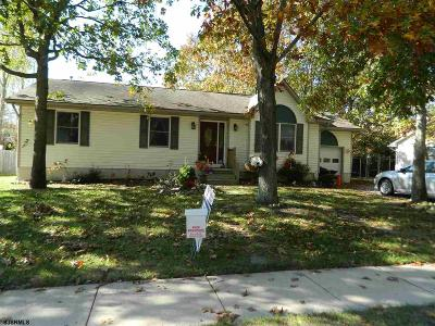 Millville Single Family Home For Sale: 210 S 14th