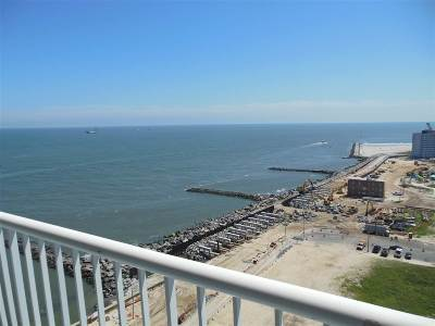 Atlantic City Condo/Townhouse For Sale: 60 N Maine #1712