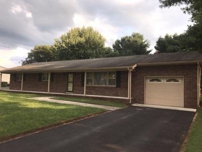 Vineland Single Family Home For Sale: 4095 Eureka Street