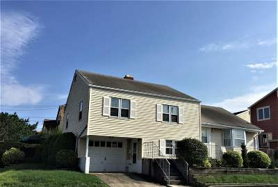 Margate Single Family Home For Sale: 7604 Monmouth