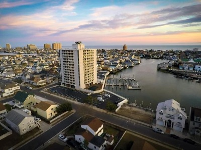 Atlantic County Condo/Townhouse For Sale: 236 N Derby #1004