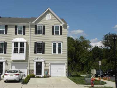 Vineland Condo/Townhouse For Sale: 2102 E Oak #H6