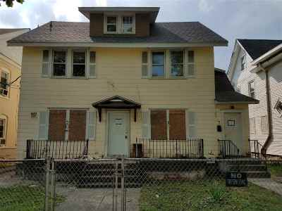 Vineland Multi Family Home For Sale: 204 S 7th St