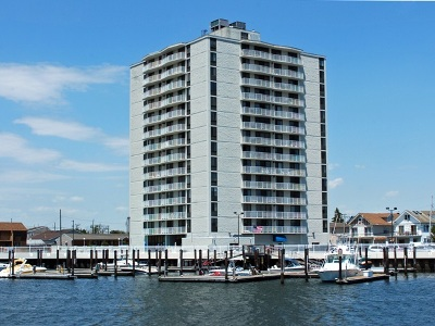 Atlantic County Condo/Townhouse For Sale: 236 N Derby #406