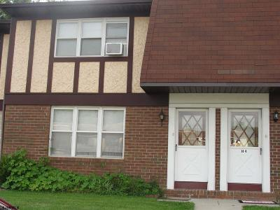 Vineland Condo/Townhouse For Sale: 1964 E Oak Road H3 #H3