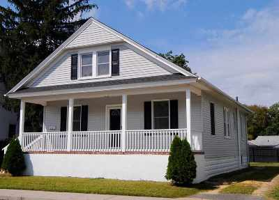 Millville Single Family Home For Sale: 208 Sharp Street