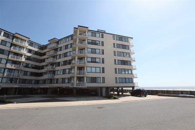 Longport Condo/Townhouse For Sale: 111 S 16th Ave #312