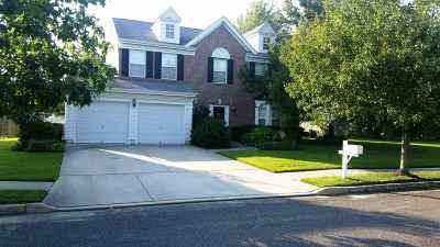 Northfield Single Family Home For Sale: 2015 Sutton Ave