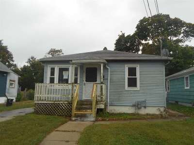 Vineland Single Family Home For Sale: 725 Florence Ave