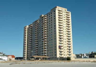 Ventnor Condo/Townhouse For Sale: 5000 Boardwalk #817 #817