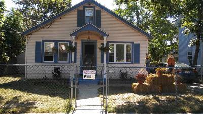 Vineland Single Family Home For Sale: 407 W Montrose Street