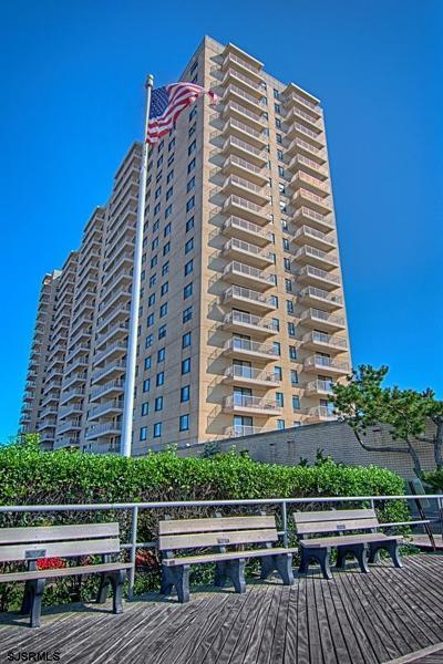 Ventnor Condo/Townhouse For Sale: 5000 Boardwalk #910