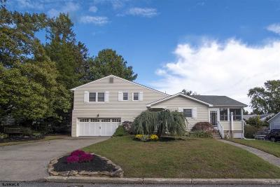Northfield Single Family Home For Sale: 15 Wilson Dr Dr