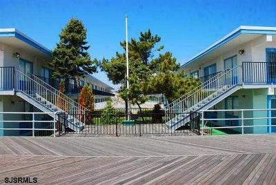 Atlantic City Condo/Townhouse For Sale: 3501 Boardwalk #B226